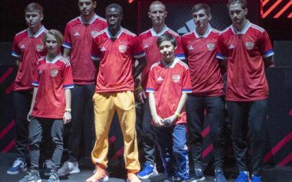 В Adidas прокомментировали скандал вокруг российской футбольной формы